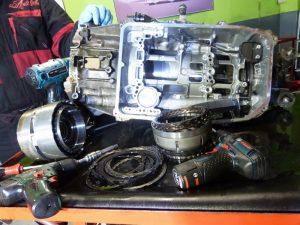 bmw 728i rozobrata automaticka prevodovka ZF
