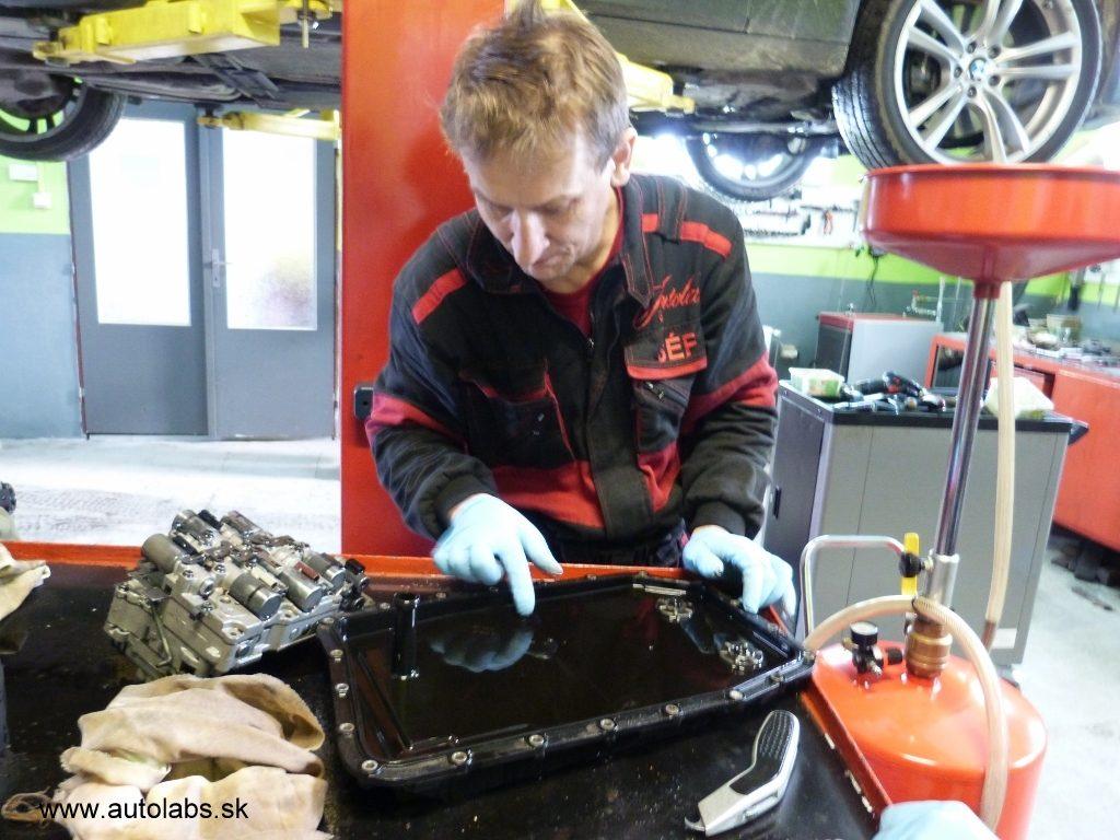 bmw 730d 2009 kontrola olejovej vane pri vymene oleja