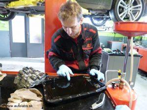 bmw 730d 2009 kontrola olejovej vane pri vymene oleja - zf prevodovka